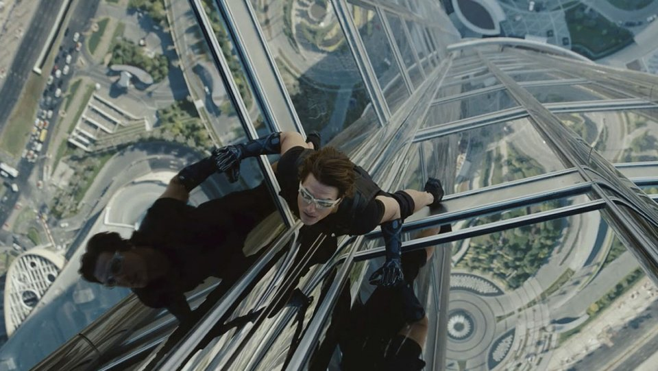 mission_impossible_ghost_protocol_2011_-_tom_cruise_-_still_-_h_-_2016.jpg
